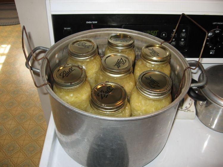 Sauerkraut Canning 4