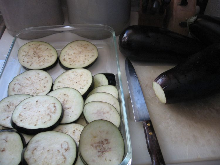 Slicing the Egg Plant