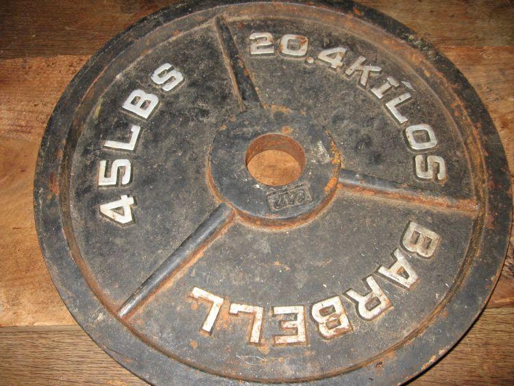 Bar bell weight base