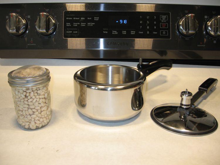 2 Liter Hawkins Pressure cooker